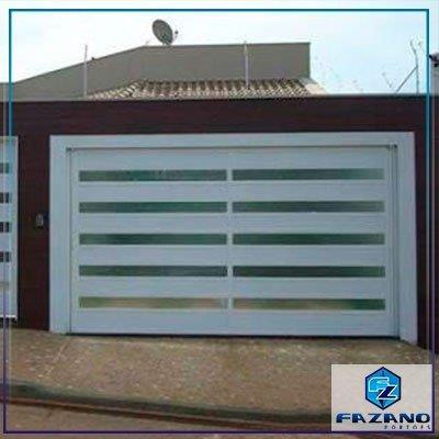 Portão de garagem basculante de alumínio
